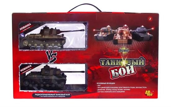 AB TOYS Танковый бой радиоуправляемый (на аккум., свет, звук), 2 танка 1:64 C-00037