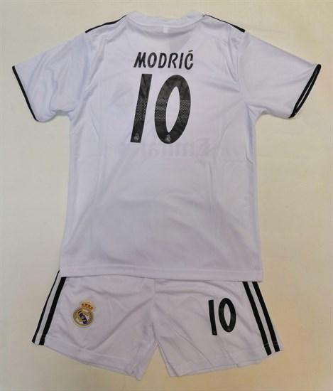 """Комплект """"Футболка + шорты в стиле Реал"""""""